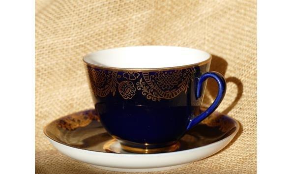 World famoust blue cobalt tea cup made of porcelain